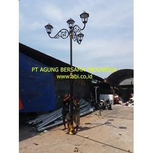 Model Tiang Lampu Taman Jalan Cabang 3 Lampu 4
