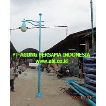 Model Tiang Lampu Taman Kemang Jakarta