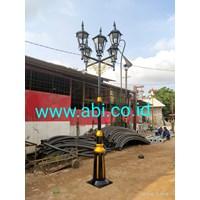 Minimalist Garden Light Pole Model
