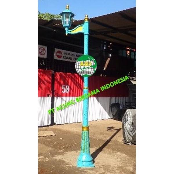 TIANG LAMPU TAMAN ANTIK  3 Meter 2 Lampu