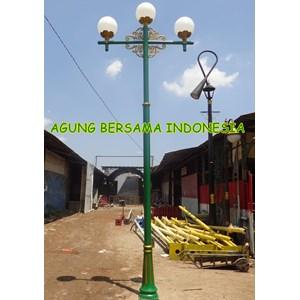 Tiang Lampu Taman Cabang 2 Lampu 3 Bogor