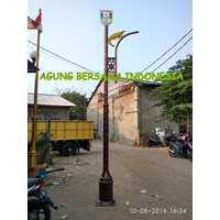 Tiang Lampu Taman Solar Cell All in one 1