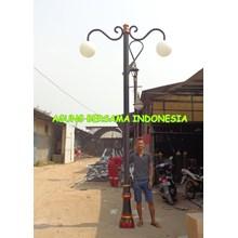 Tiang Lampu Taman Double