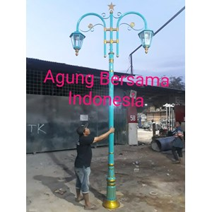 Model Tiang Lampu Antik Klasik