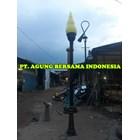 Tiang Lampu Taman Makam Pahlawan Kota Tangerang 1