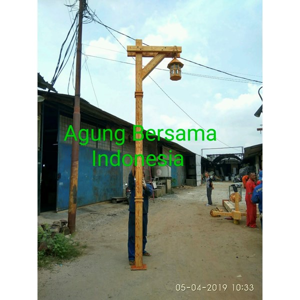 Selling the Latest Decorative Antique PJU Pole Models