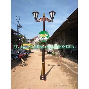 tiang lampu antik Cabang 2 tinggi 3 meter