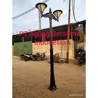 Tiang Lampu Taman Jingga