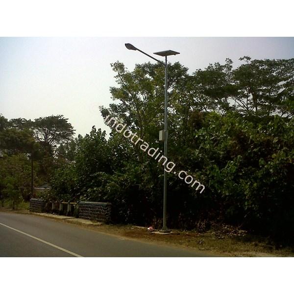 Tiang Pju Solar