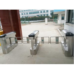 Dari Swing gate Turntile Black Cover Stainless Steel 304 Tebal 6088X 2