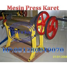 Mesin Press Lembaran Karet