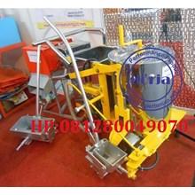 Mesin Marka Jalan Thermoplastic Unit Dorong Manual