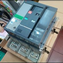 ACB (Air Circuit Breaker) Schneider
