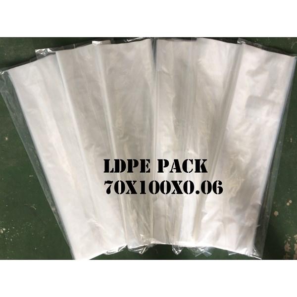 KANTONG PLASTIK LDPE PACK ORI CLEAR uk.70 X 100 X 0.06