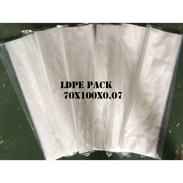 KANTONG PLASTIK LDPE PACK ORI CLEAR uk.70 X 100 X 0.07