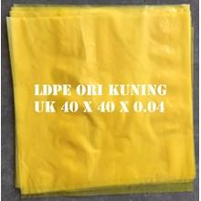 KANTONG PLASTIK LDPE ORI KUNING uk.40 X 40 X 0.04