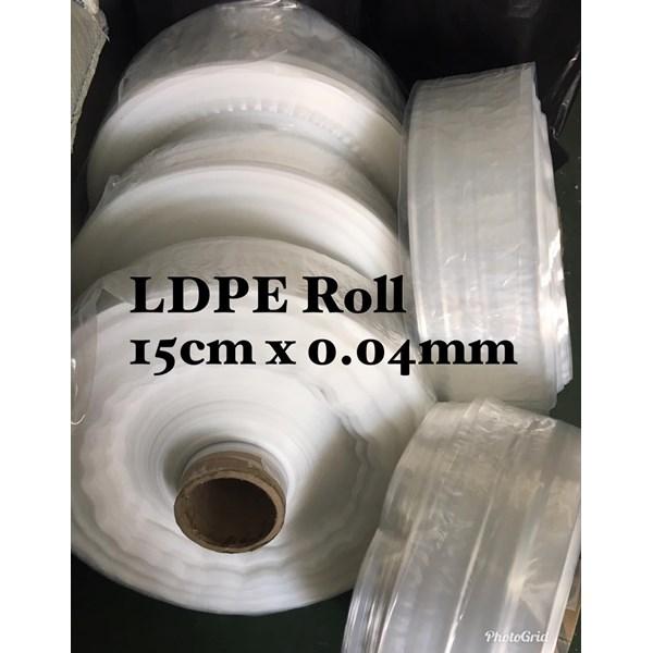 KANTONG PLASTIK ROLL ORI 15 CM X 0.04