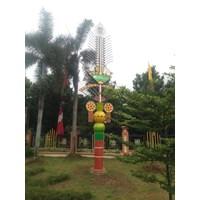 Tiang Lampu Taman