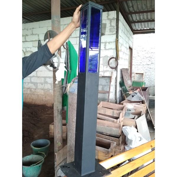 Tiang Lampu Taman Type DAP 022