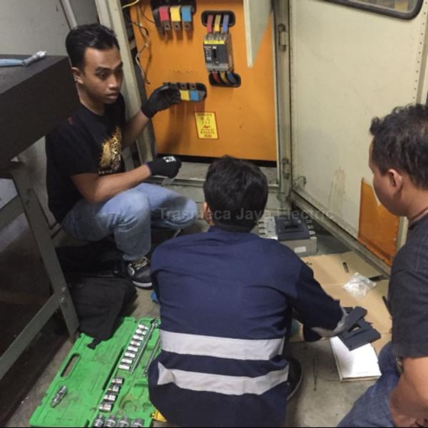 Jasa Instalasi Breaker Panel Listrik By CV. Trasmeca Jaya Electric
