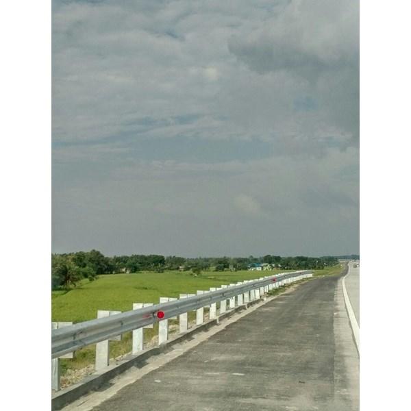 Guard Rail Pengaman Jalan Tebal 6.0mm