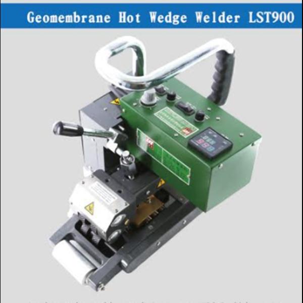 Geomembrane Hot Wedge Welder LST900