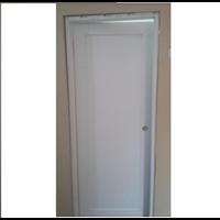 Pintu Ruangan / Kamar 1