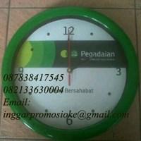 Jam dinding promosi hijau 1