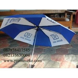 Payung lipat tiga promosi