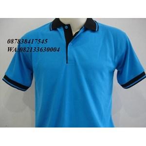 Kaos kerah warna biru kombinasi