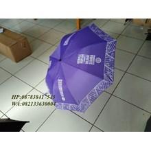 Payung lipat cetak motif batik