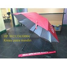 Payung golf merah AIA
