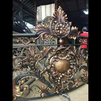 Produk dan Kerajinan Besi