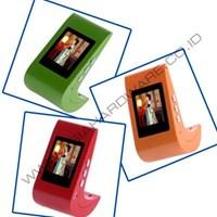 1.5 Inch L Stream Lined Digital Photo Picture Frame Orange ( Barang Pecah Belah )