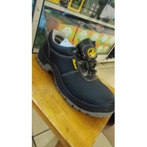 Sepatu Safety Merk Safetoe Tipe L7141