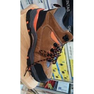 Sepatu Safety Merk Safetoe Tipe Cygnus