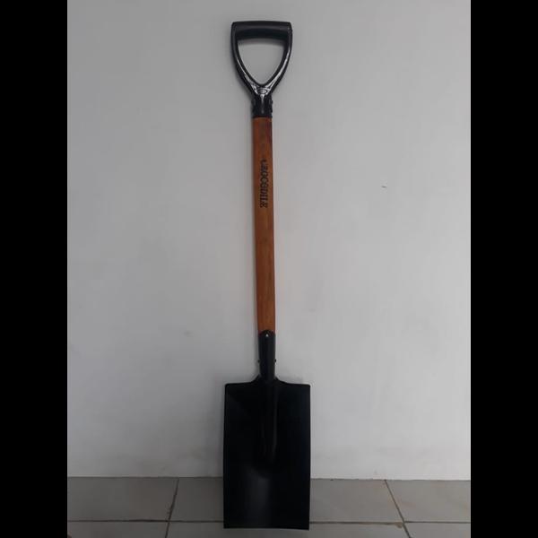 Sekop spaden gagang kayu