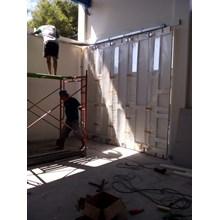 Pintu Lipat Garasi Dorong
