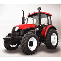 Traktor AP904-III