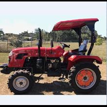 Traktor AP404