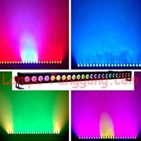 Lampu Par wallwash 24x3W 3in1