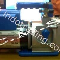 Vacuum Pump Merk Robinair Type 15401  1