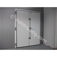 Pintu Swing Coldroom 1