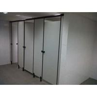 Cubical Toilet Kaca 1