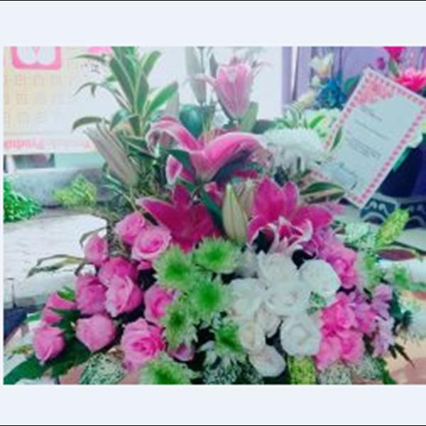 Bunga Meja 8