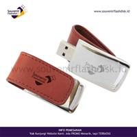 Jual Barang Promosi Perusahaan Flashdisk Kulit 2 Custom Promosi 4Gb - 100Pcs Ada Cabang Di Jakarta Bekasi Yogyakarta