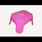 Kursi Plastik modena pink 1