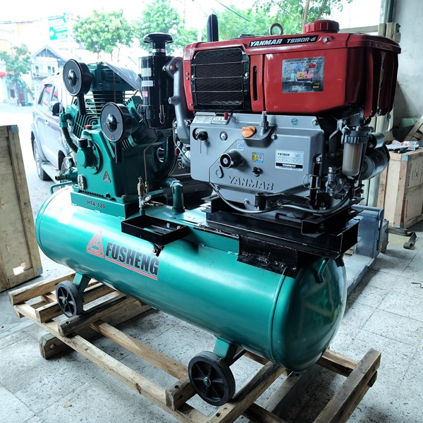Kompresor Angin Dan Suku Cadang  Air Compressor Fusheng 15Hp 11Kw 8Bar + Diesel Yanmar Ts190r Di