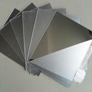 Acrylic Mirror Silver (Meilia 087775726557)