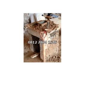 Dari Alat  Mesin Cetak Batako / Mesin Paving Manual  0